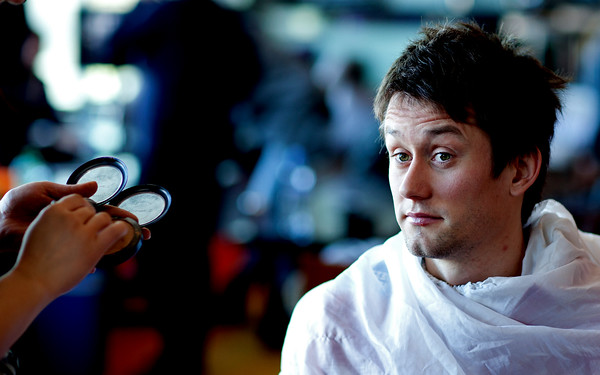 Tomáš Rosický gettng his make up