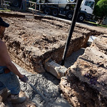 Dřevěná ochrana kanalizační trubky