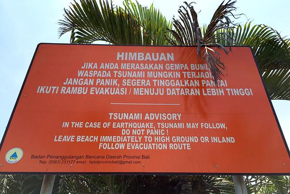 Bali tsunami warning