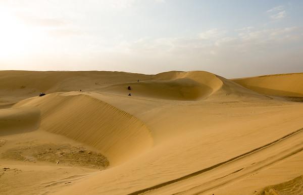 Katar poušť západ slunce